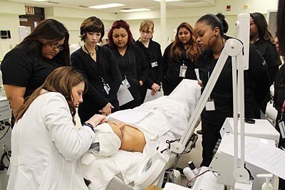 medical skin care students