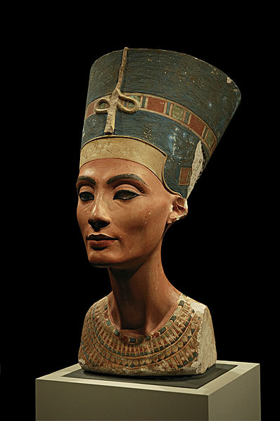 queen nefertiti likely used gold nail tools
